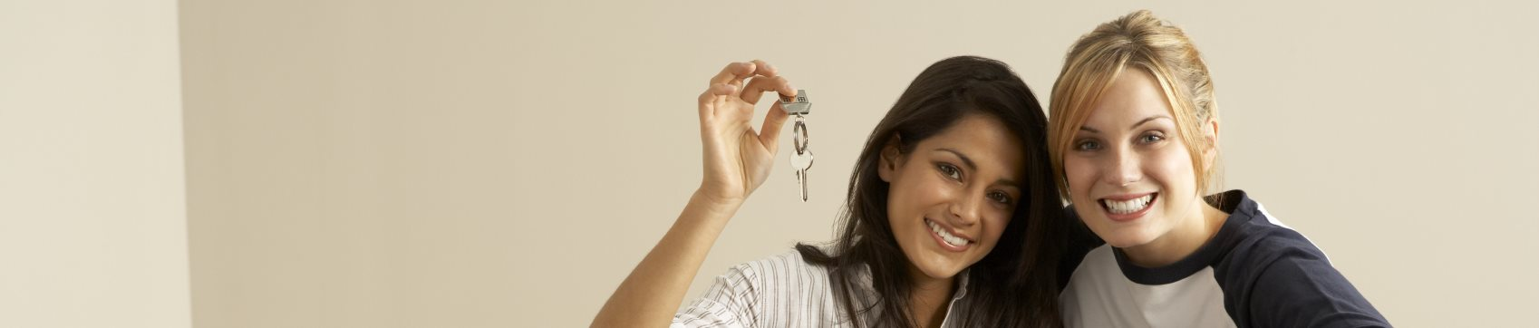 Women holding keys-Rio Vista Apartments, Los Angeles, CA