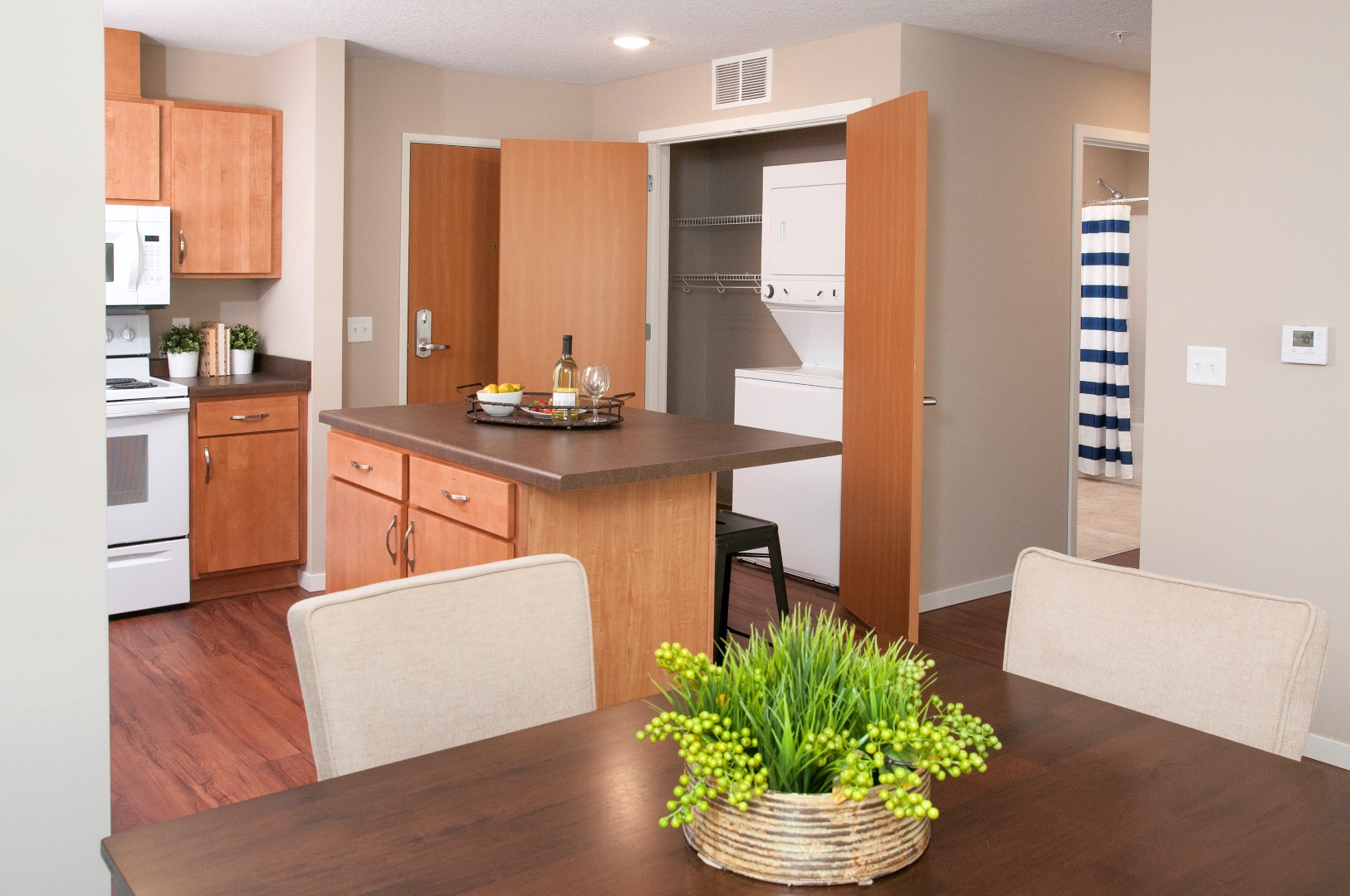 Pike Lake Marsh Apartments in Prior Lake, MN Model Kitchen Affordable