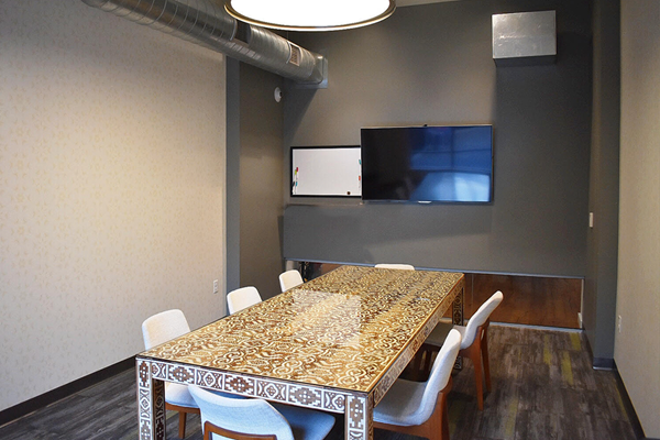Bakery Living Conference Room, apartments in Pittsburgh, Pennsylvania