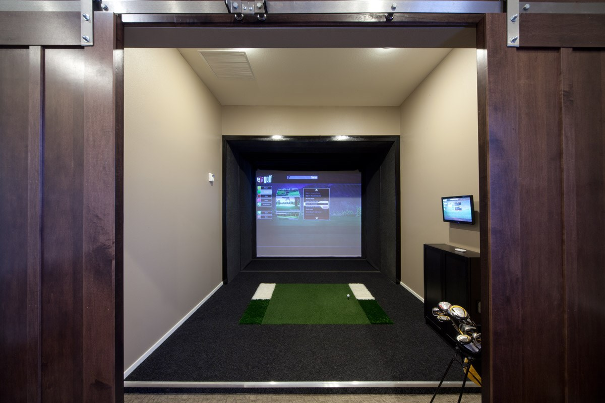 Golf Simulator at Skye at Arbor Lakes Apartments in Maple Grove, MN