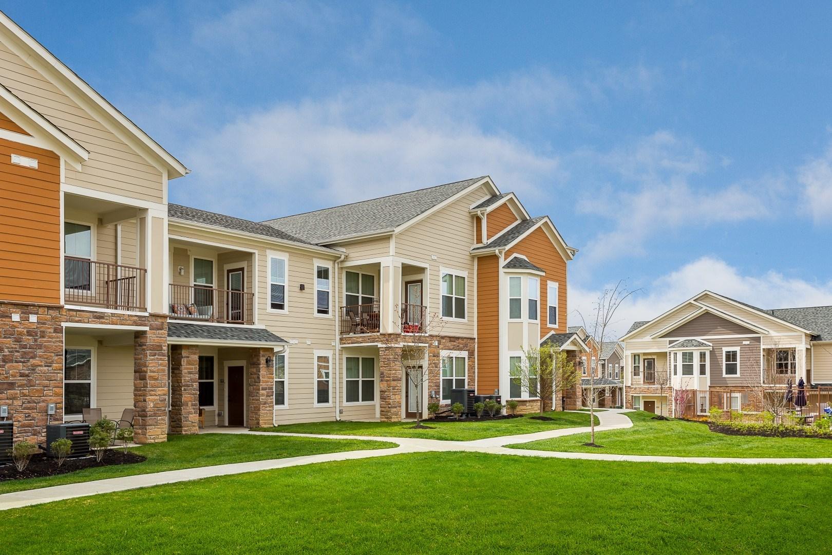 exterior apartments in louisville