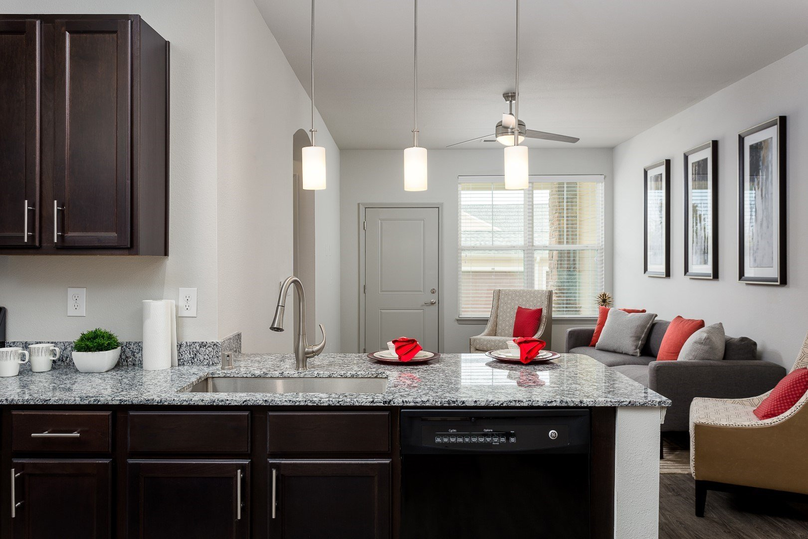 kitchen apartments in louisville