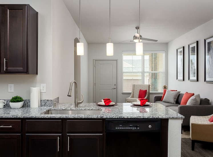 kitchen apartments in louisville