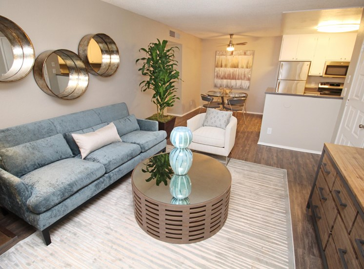 The Vue Apartments in Sacramento,CA - Living Room