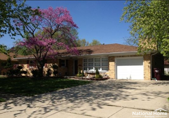 850 MacArthur Dr 4 Beds House for Rent Photo Gallery 1