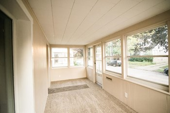 1259 Kansas Ave. 2 Beds House for Rent Photo Gallery 1