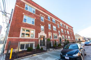 4901-09 S. Champlain Ave. 2-3 Beds Apartment for Rent Photo Gallery 1