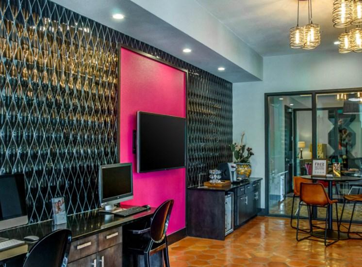 leasing office downtown san antonio apartments