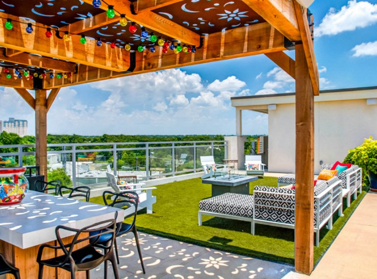 roof top lounge downtown san antonio apartments