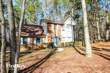 145 Fontaine Way 4 Beds House for Rent Photo Gallery 1