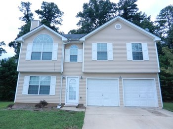 445 Skif Pond Court 4 Beds House for Rent Photo Gallery 1