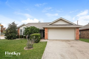 901 Meadow Circle 3 Beds House for Rent Photo Gallery 1