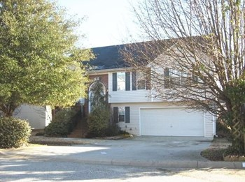 11747 Spring Lake Way 4 Beds House for Rent Photo Gallery 1
