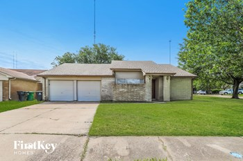 17223 Foxfield Drive 3 Beds House for Rent Photo Gallery 1
