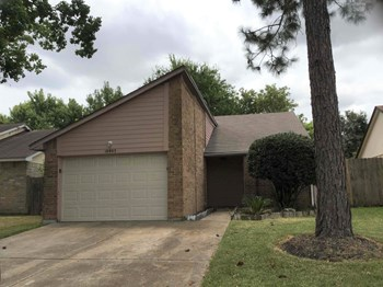 19903 Mountain Dale Drive 3 Beds House for Rent Photo Gallery 1