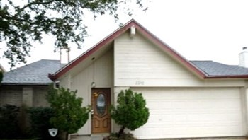 2048 Hickory Glen Drive 3 Beds House for Rent Photo Gallery 1