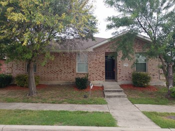 2115 Dyer Street 4 Beds House for Rent Photo Gallery 1