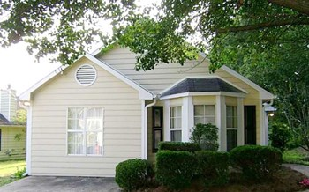 2347 Glencairn Lane SW 3 Beds House for Rent Photo Gallery 1