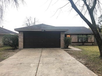 23531 Cranberry Trail 4 Beds House for Rent Photo Gallery 1