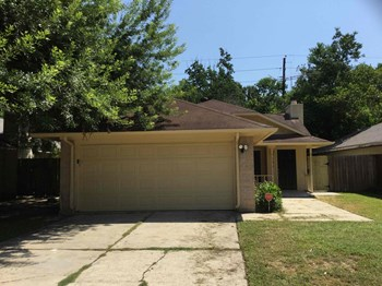 23614 Pebworth Place 3 Beds House for Rent Photo Gallery 1
