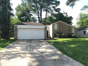4011 Monteith Drive 3 Beds House for Rent Photo Gallery 1