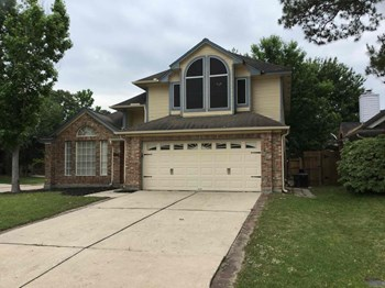 5034 Rock Springs Drive 3 Beds House for Rent Photo Gallery 1