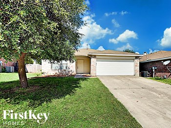 6053 Arabian Avenue 3 Beds House for Rent Photo Gallery 1