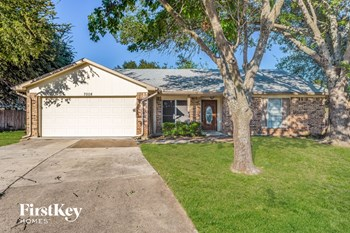 7008 Rose Lea Court 3 Beds House for Rent Photo Gallery 1