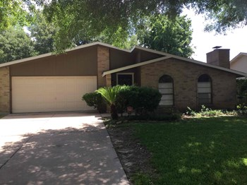 7215 Corta Calle Drive 3 Beds House for Rent Photo Gallery 1