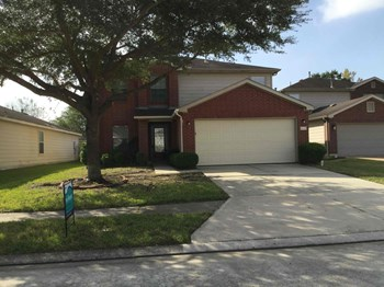 8118 White Arbor Court 3 Beds House for Rent Photo Gallery 1