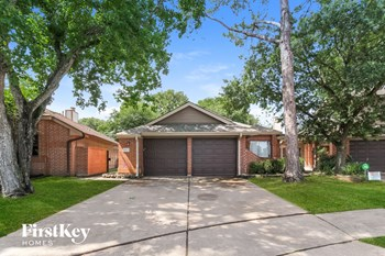 8523 Pool Creek Drive 3 Beds House for Rent Photo Gallery 1