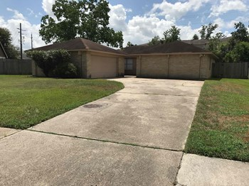 8634 Huntermoor Circle 3 Beds House for Rent Photo Gallery 1