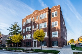 400-02 S Kilbourn Ave 1-2 Beds Apartment for Rent Photo Gallery 1