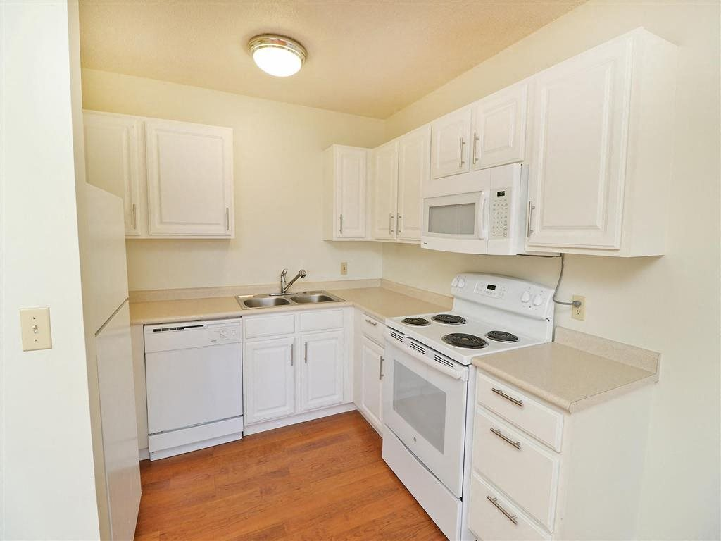 Photos and Video of Highland Place Apartments in Grand Rapids, MI