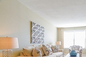 3896 Riverside Drive 1-2 Beds Apartment for Rent Photo Gallery 1