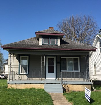804 Auburn st 2 Beds House for Rent Photo Gallery 1