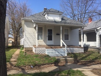 1014 Elwood Ave 2 Beds House for Rent Photo Gallery 1