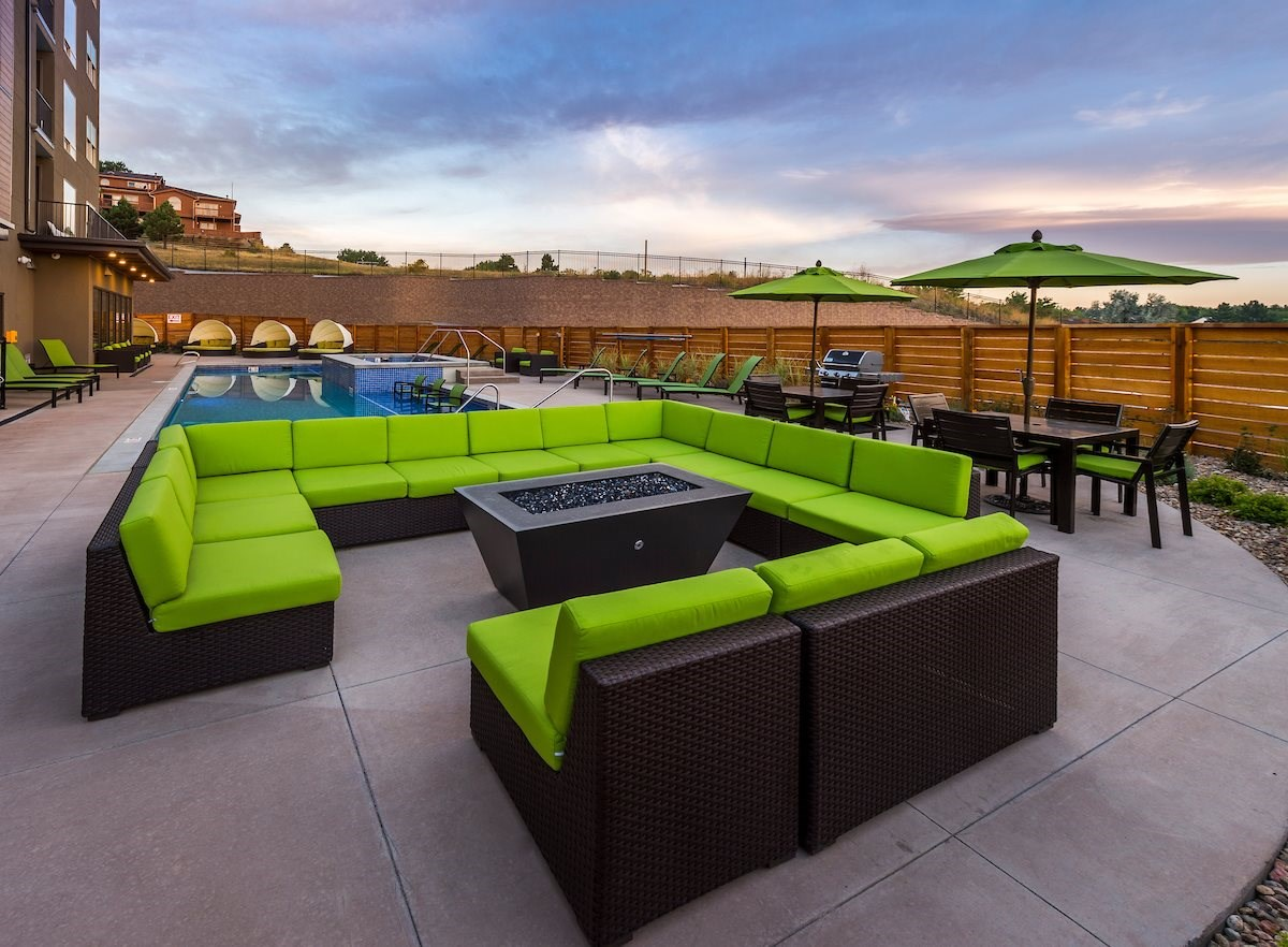 Poolside Lounge at Union West Apartments in Lakewood, CO