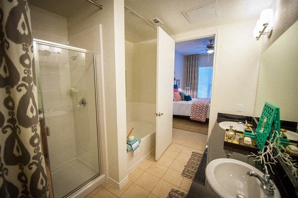 Bathrooms With Glass-Enclosed Showers at The Encore Apartments, Plano, 75024