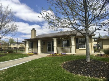 4646 Nolensville Pike 1 Bed Apartment for Rent Photo Gallery 1