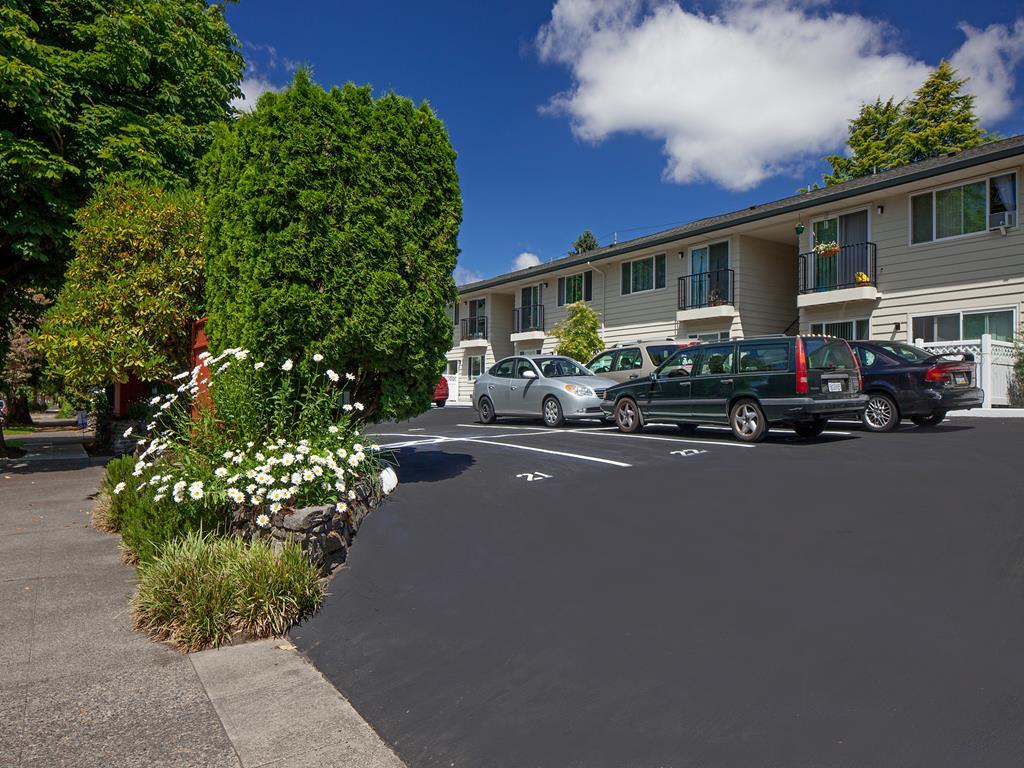 Convenient Mid-Rise Living at Crown Royal, Portland, 97212