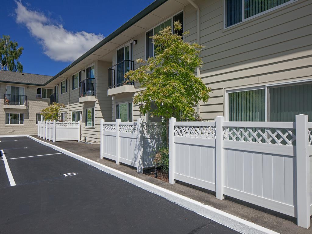 External Apartment View at Crown Royal, Portland, Oregon