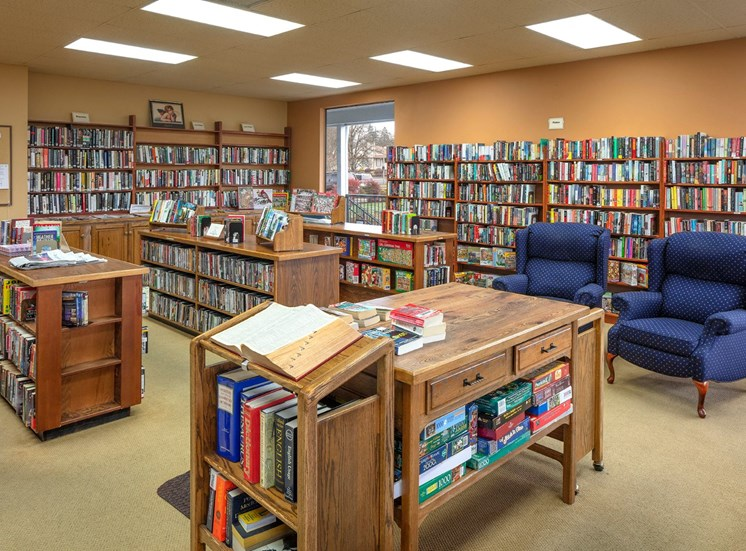 Summerfield clubhouse library