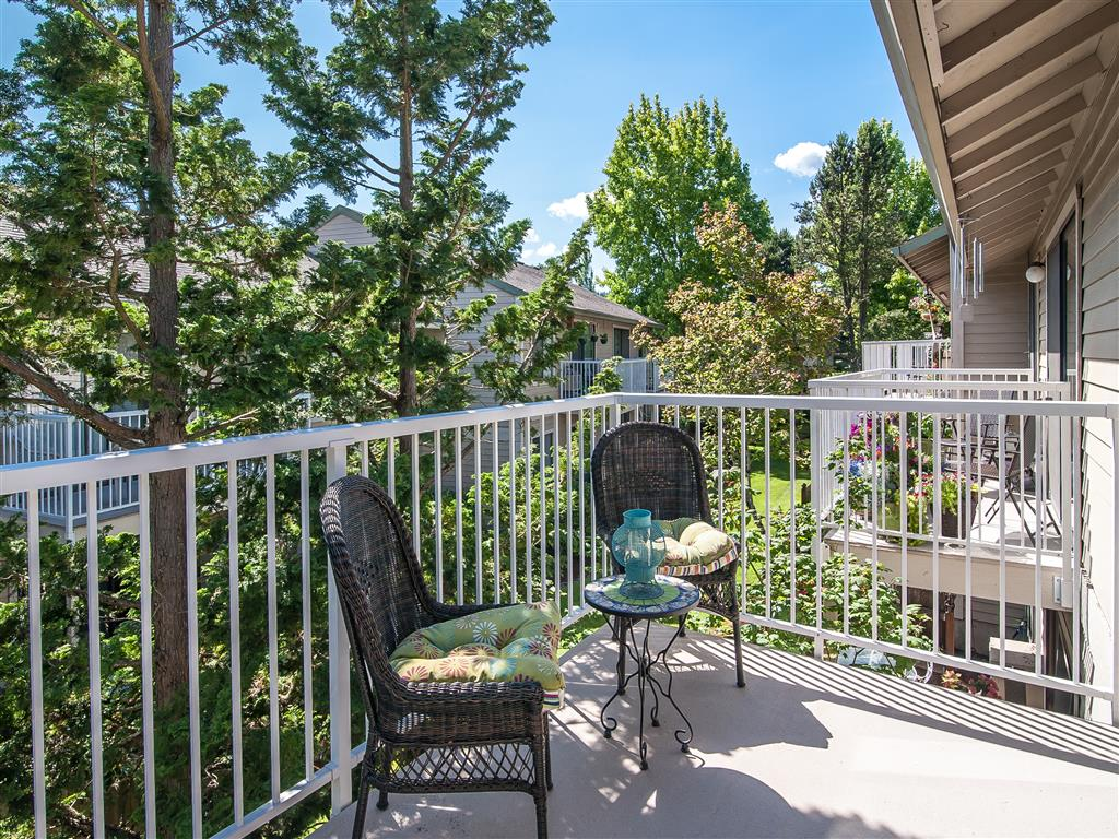 Balcony with Seating Arrangement at Summerfield, Tigard