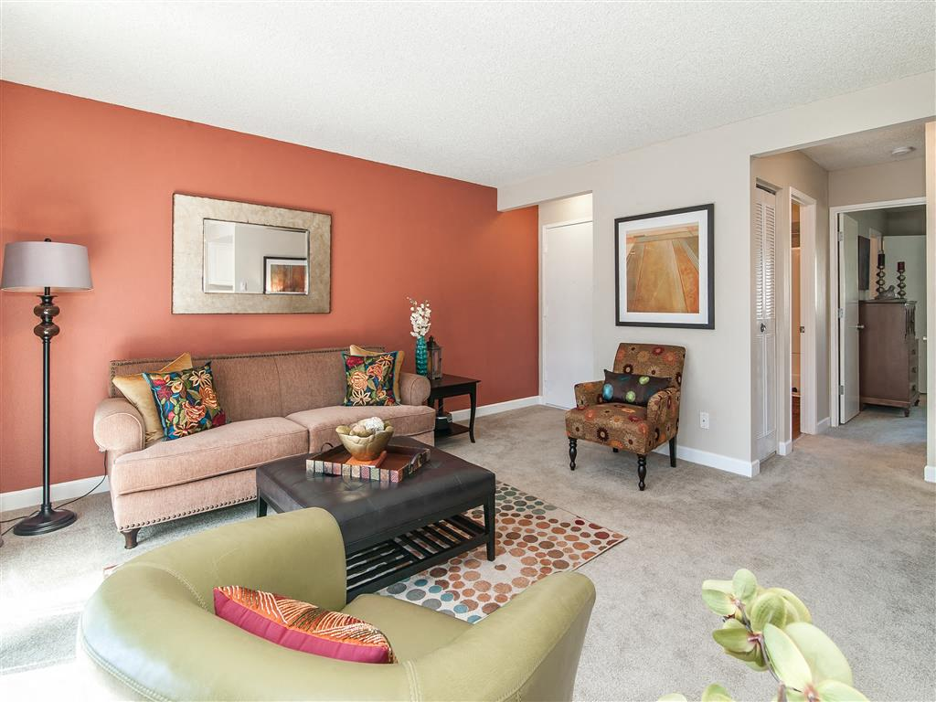 Furnished Corporate Packages Available at Summerfield, Tigard, OR 97224