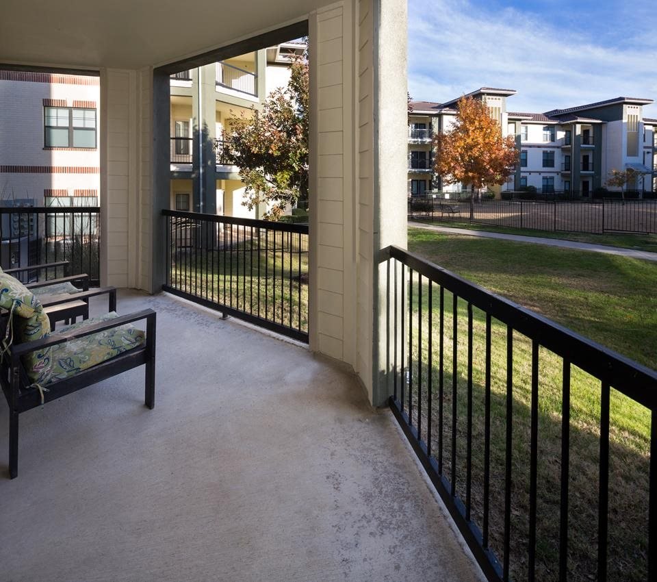The Lakes Apartments: Apartments In Fort Worth, TX