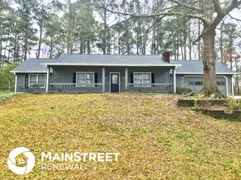 795 Cedar Lake Dr SE 3 Beds House for Rent Photo Gallery 1