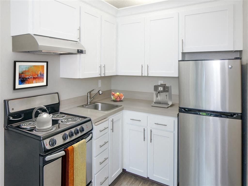 Lake Oswego Rentals | Parkridge Apartments
