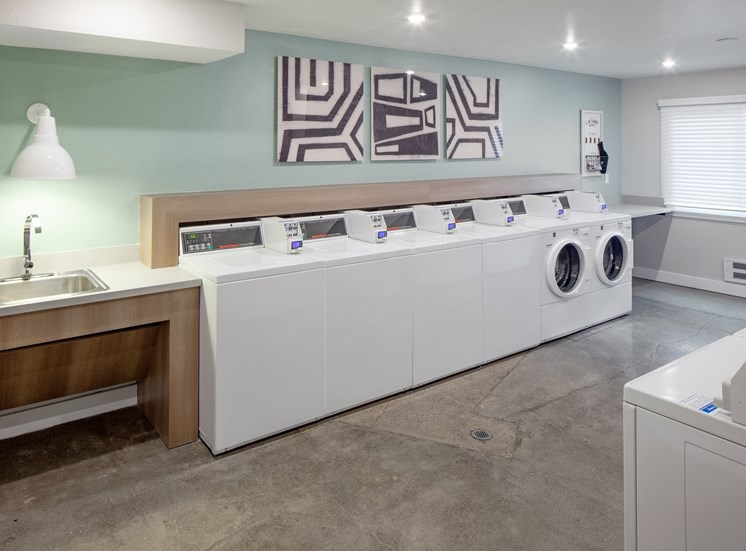 Laundry Room at Parkridge Apartments, Lake Oswego, OR 97035
