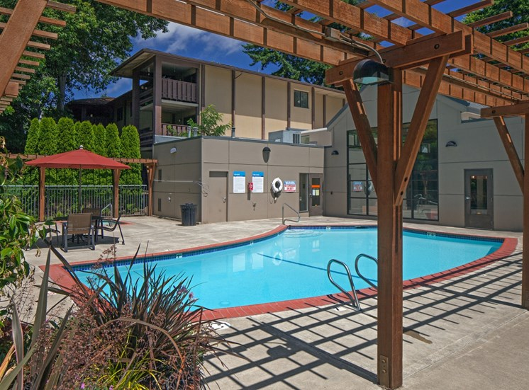 Sparkling Swimming Pool at Parkridge Apartments, Lake Oswego, OR